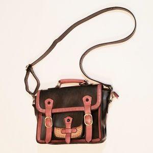 Small Unbranded Women's Messenger Bag